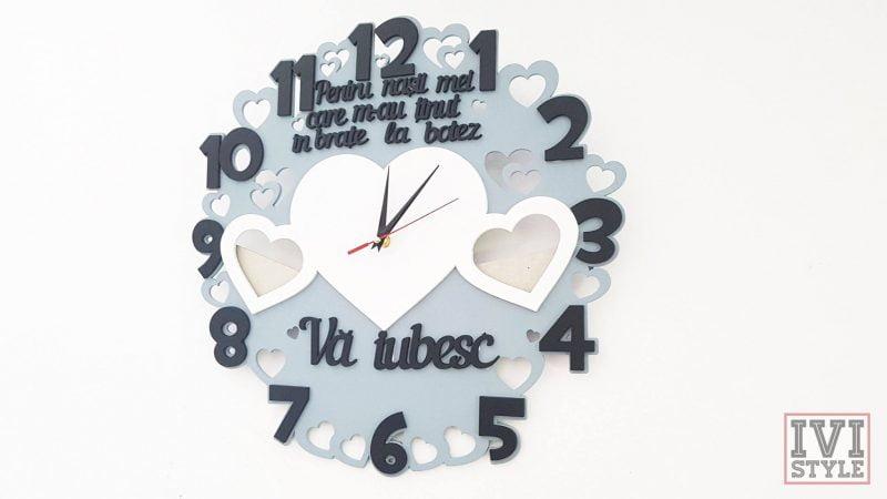Ceas personalizat pentru nasi