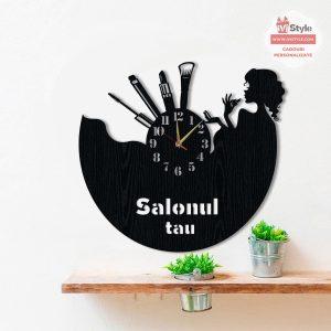 Ceas-pentru-Cosmetica-Makeup-din-Lemn-personalizat