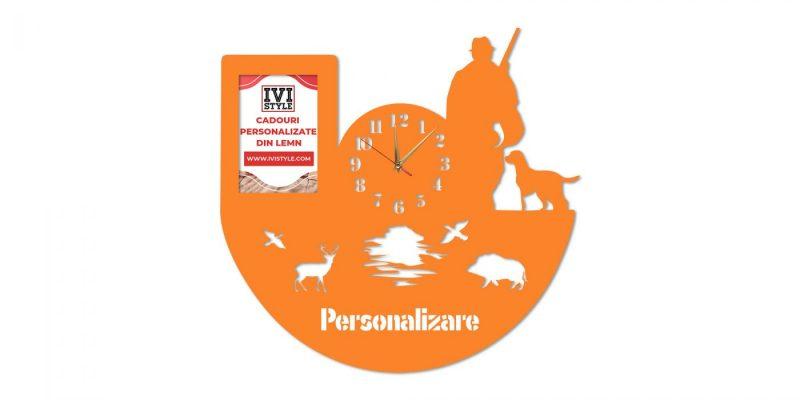 Ceas-pentru-Vanatori-cu-Rama-foto-Personalizat-orange
