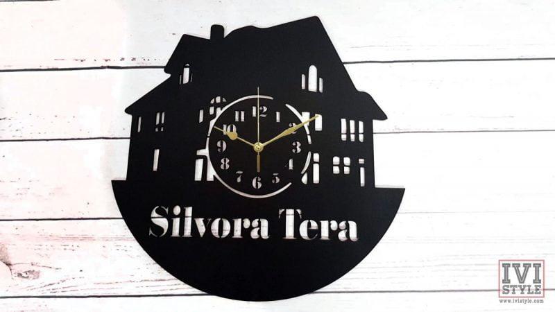 ceas-personalizat-casa