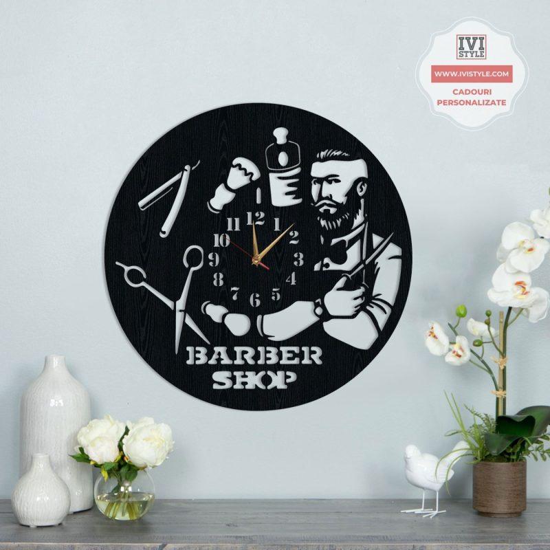 Ceas Barbershop Personalizat 03 Lemn