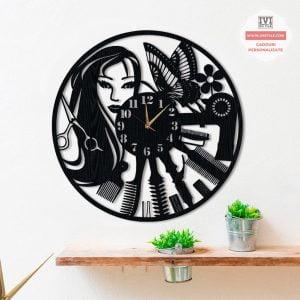 ceas-personalizat-salon-infrumusetare-03