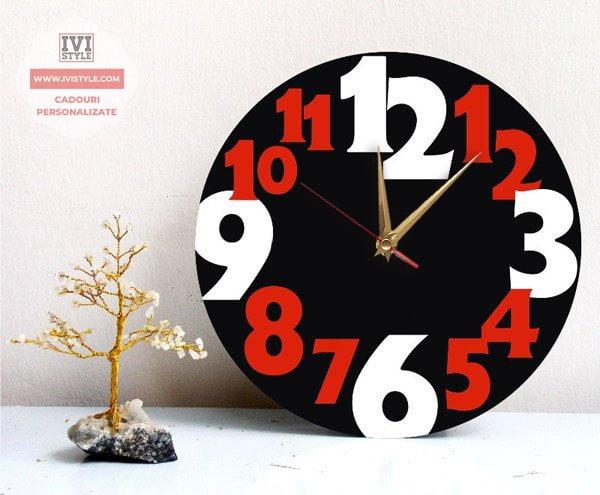 ceas decorativ din lemn 3 culori