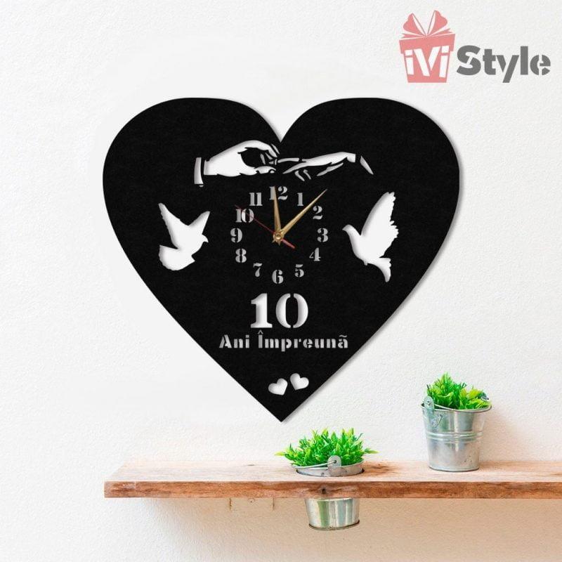 Ceas Personalizat Inima cu Porumbei si Verigheta 01